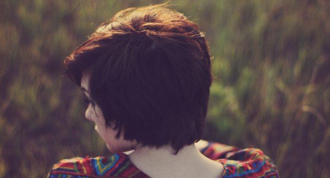Jak czesać krótkie włosy – kilka tricków