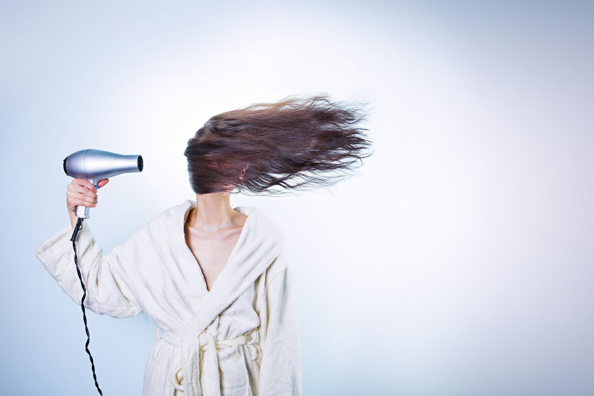 Stylizowanie włosów przedłużanych