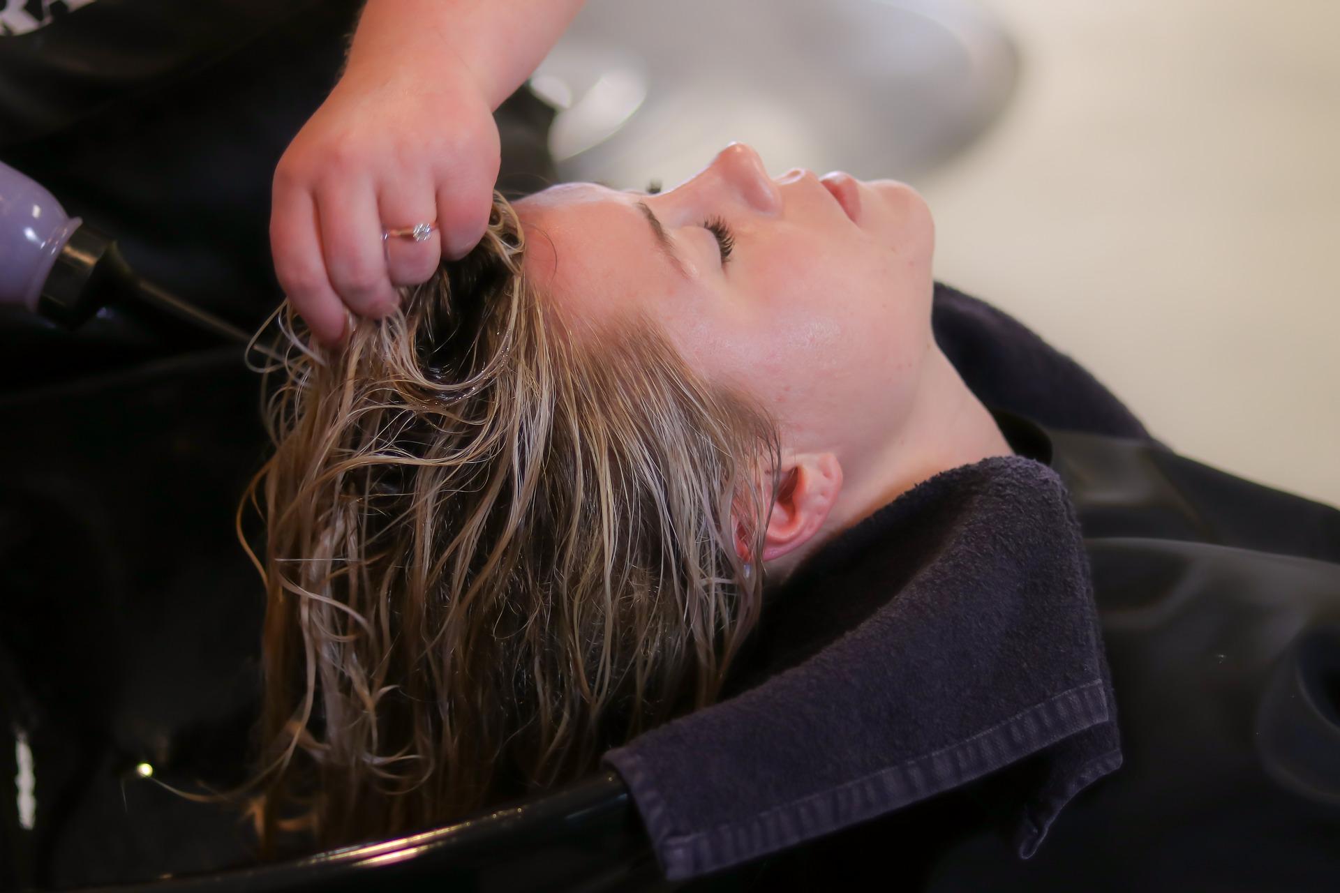 Pielęgnacja włosów przetłuszczających się